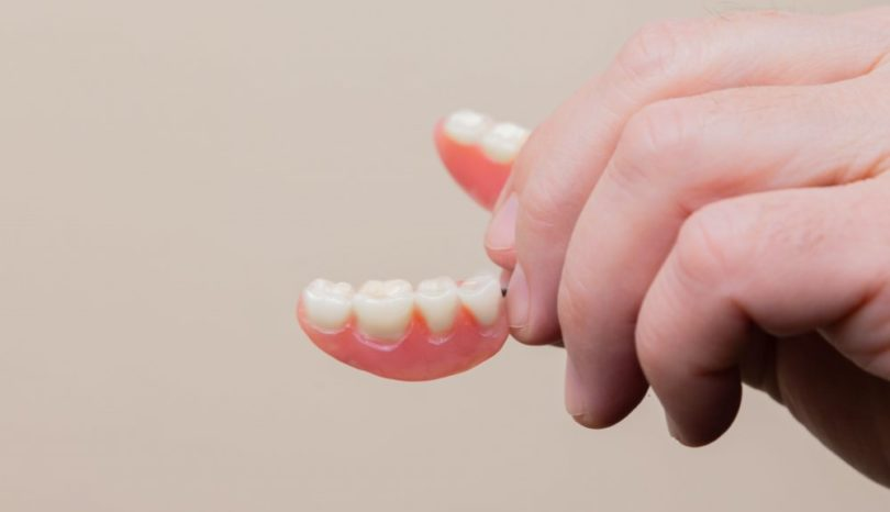 Tandläkare i Järfälla kollar din munhälsa